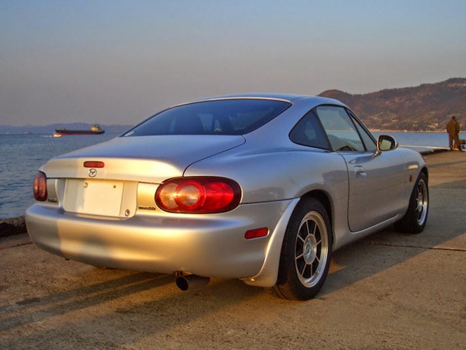 http://2.bp.blogspot.com/-R1wicxCYJEY/U-3yDDiwDFI/AAAAAAAA8s0/w5WkQaubakk/s1600/Mazda_Roadster_Coupe_NB8C_6.jpg