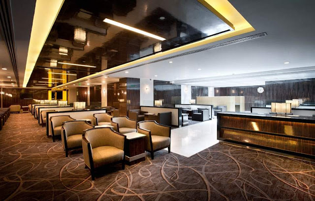 Singapore Airlines SilverKris Lounge New Delhi Airport Terminal 3