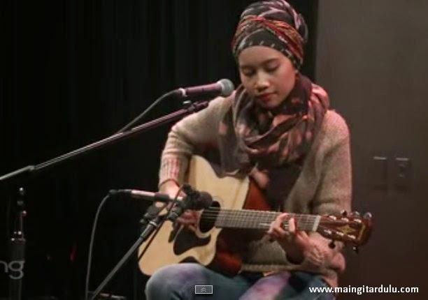 Chord Gitar Dan Sebenarnya - Yuna