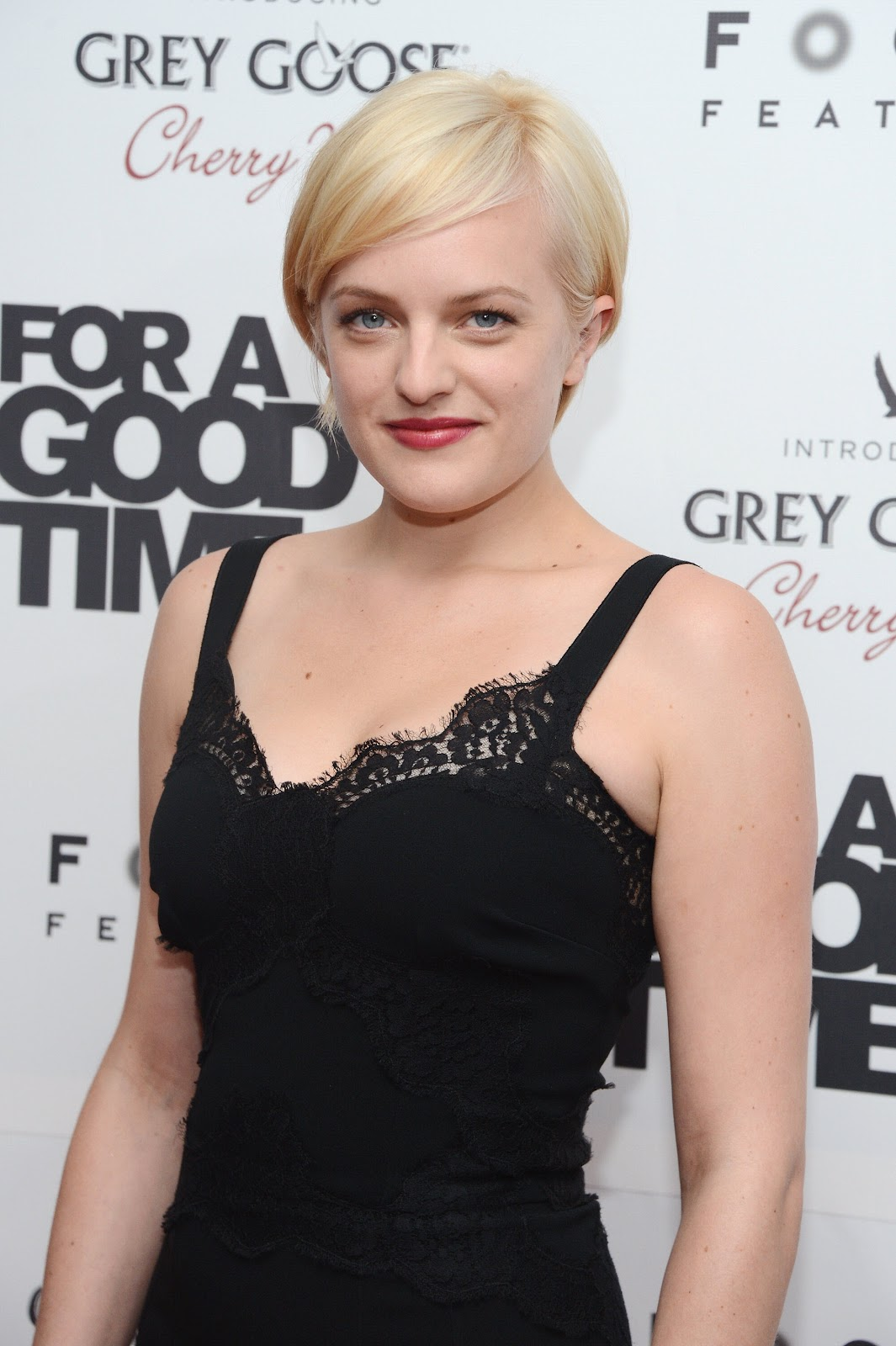 Elisabeth Moss Photos For A Good Time Call Premier in New York