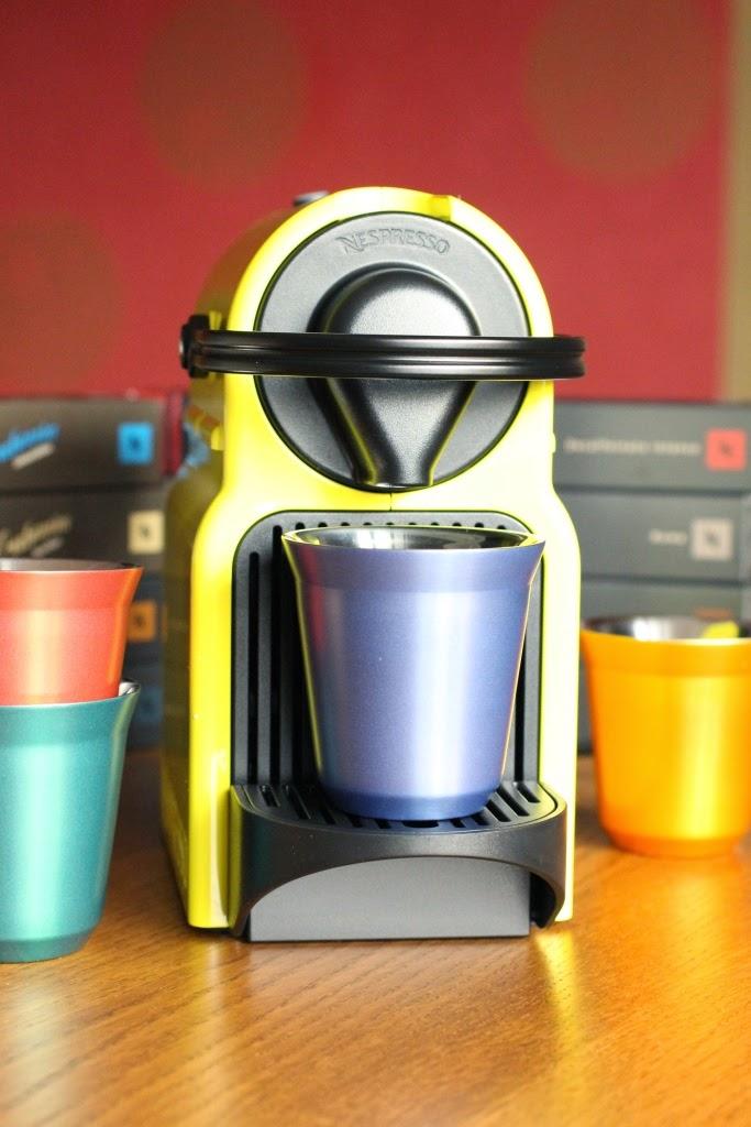 Un peu gay dans les coings...: Concours: une machine Nespresso à ...