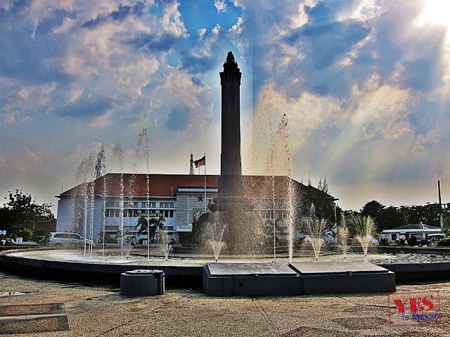 Tugu Muda monument Semarang