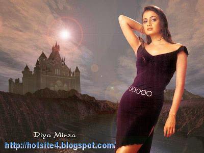 Diya Mirza 2014 Sexy Wallpaper Free Download - Diya Mirza In Bikini - Diya Mirza Hot Photo