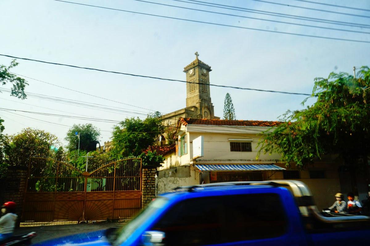 Католический-собор-Нячанга