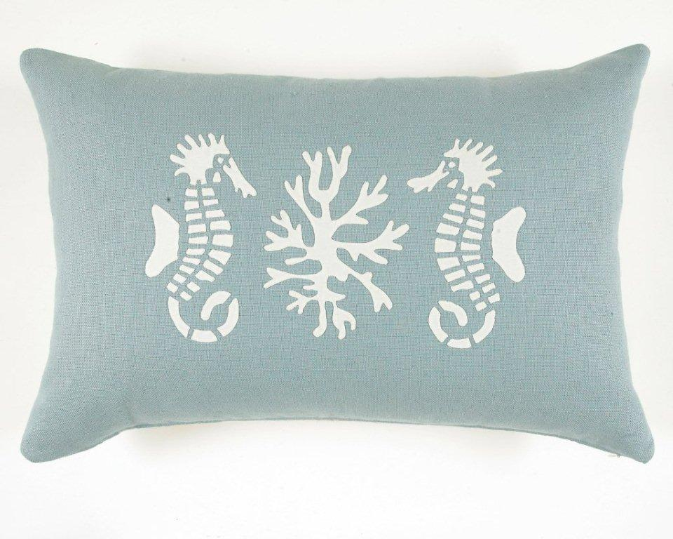 Free Coral Stencils http://nauticalcottageblog.com/2011/05/cottage-coastal-giveaway-contest-closed-2/