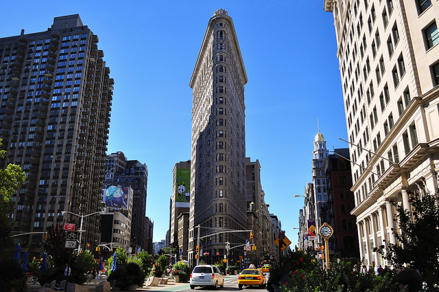 The World's Five Best Landmarks - Flatiron Building