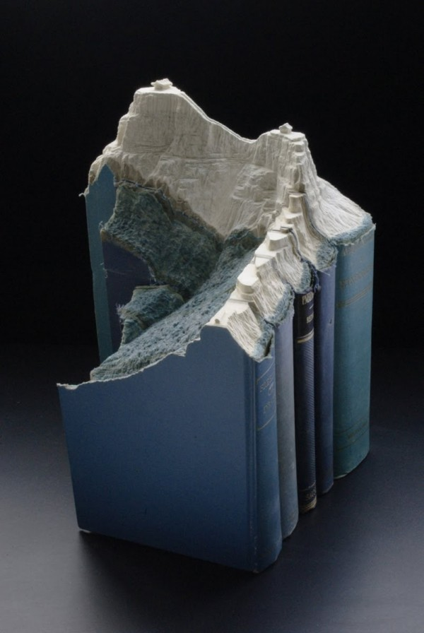 Amazing Carved Book Landscapes by Guy Laramee_MyClipta_001