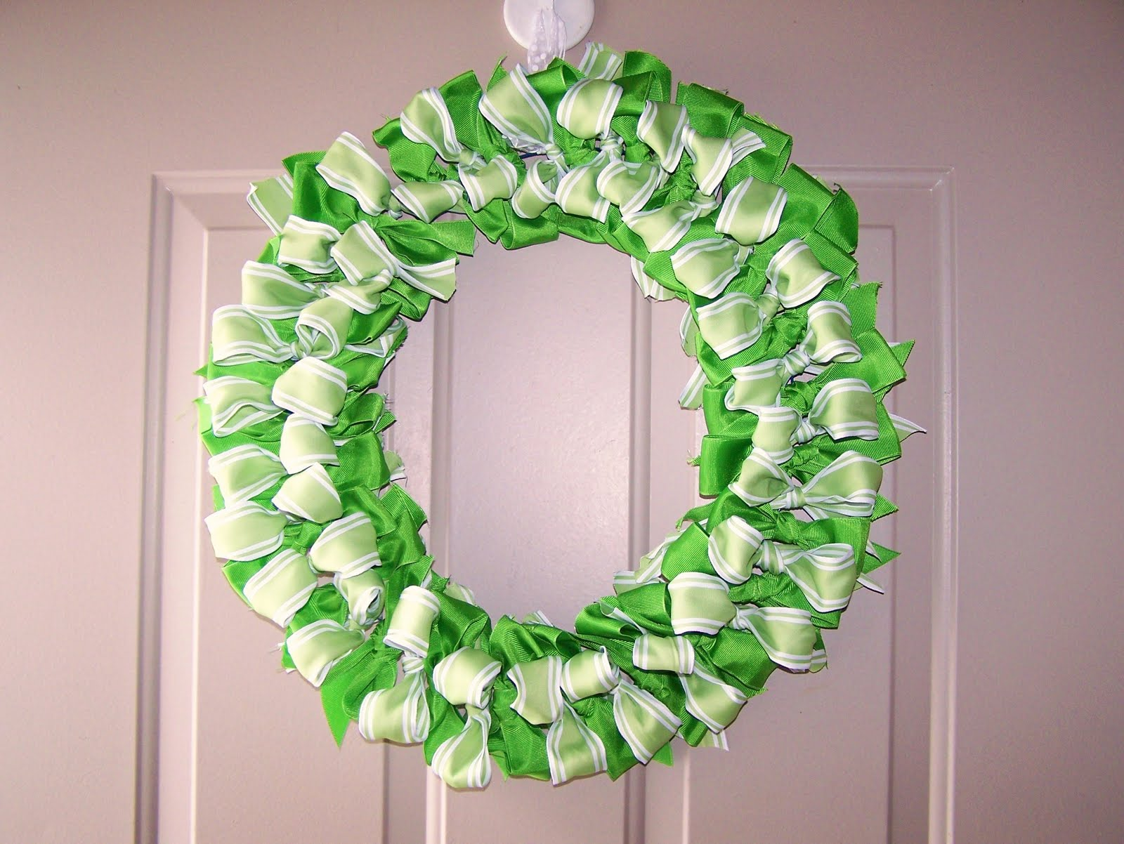 Babsmadeit ribbon wreath tutorial Making wreaths
