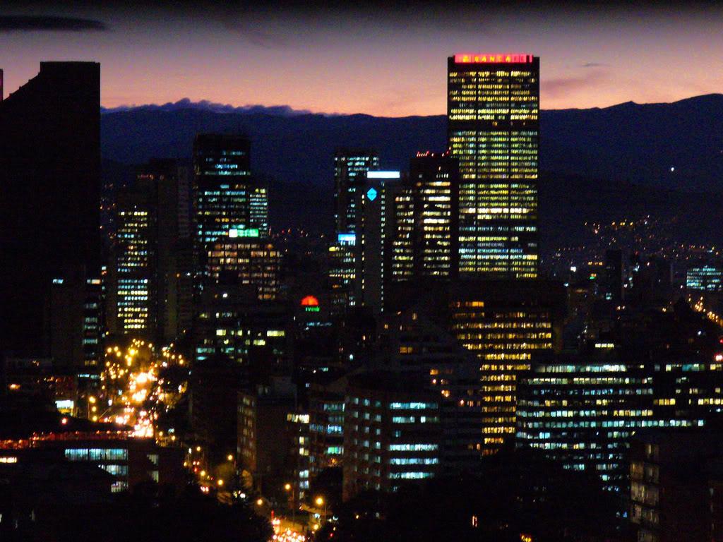 http://2.bp.blogspot.com/-R312aBGuSZI/T-A7Z7bWQpI/AAAAAAAAACQ/zABInfyAyWA/s1600/Bogota.jpg