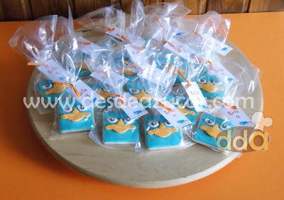 fondant, galletas, galletas de mantequilla, phineas y ferb, galleta de phineas, galleta de ferb, galleta de perry, galletas de  phineas y ferb, tarta fondant Sevilla,