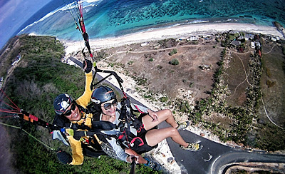paragliding in Bali, adventure in Bali, air sport, holiday in bali