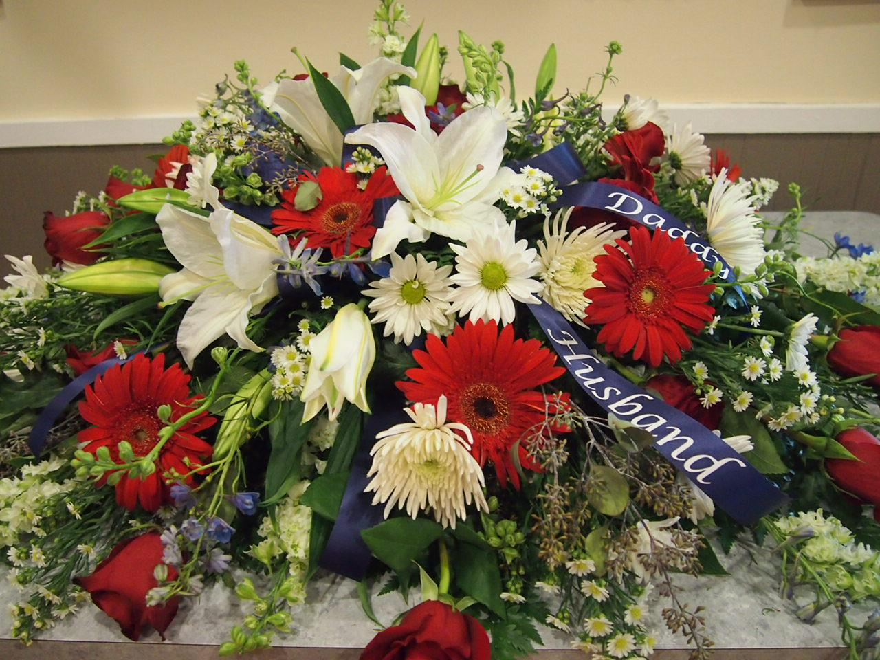 Robyns Floral and Design: Funeral Flowers