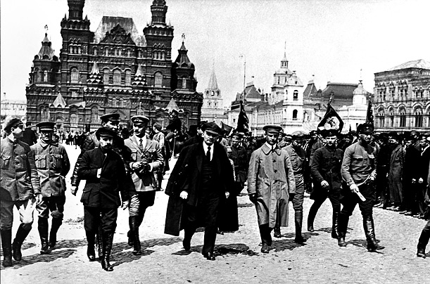 The February Revolution 1917 - Was Nicholas responsible for his own ...