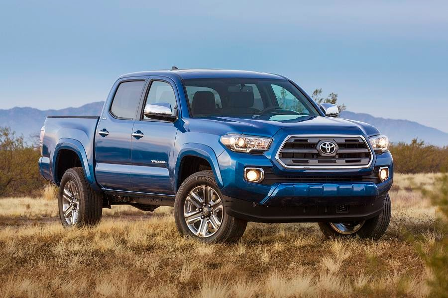 Toyota Tacoma Limited Double Cab (2016) Front Side