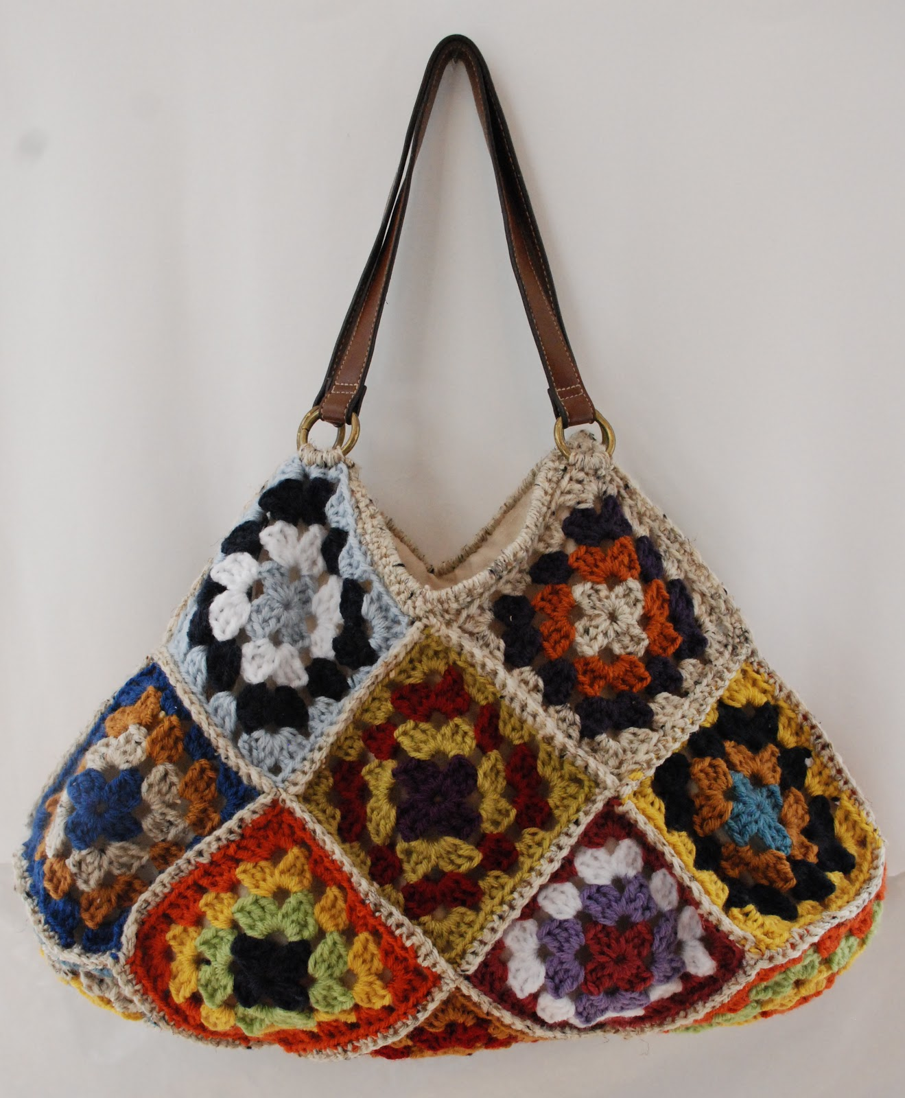 Crochet Granny Square Purse Pattern : Kristis Twist: Crochet granny square bags, laptop sleeve