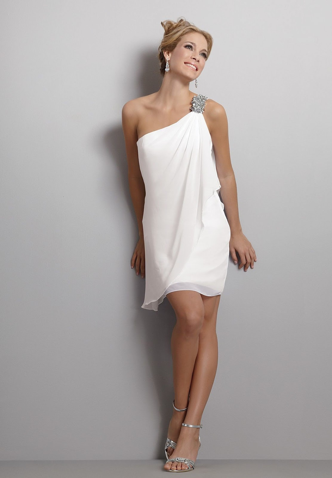 White Short Dresses For Wedding