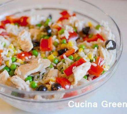 riso pollo insalata estiva ricetta
