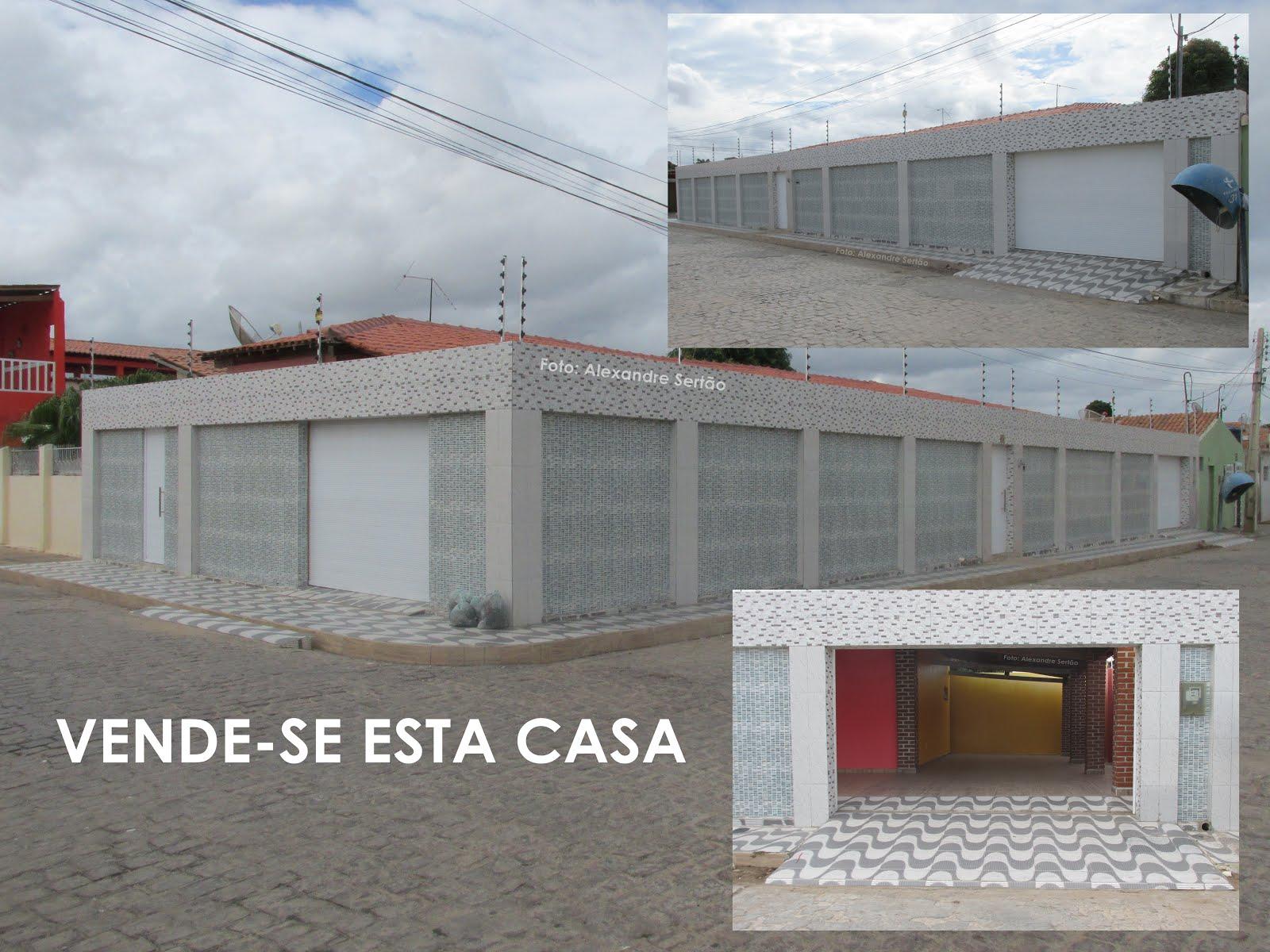 VENDE-SE UMA CASA COM 280 METROS QUADRADOS DE ÁREA COBERTA- Click e veja detalhes e valor