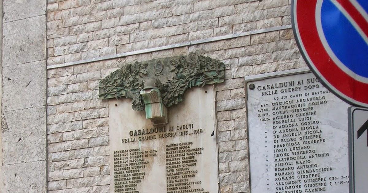 La finestra su ponte monumento ai caduti in guerra anche le lapidi di casalduni sono incomplete - La finestra di fronte andrea guerra ...
