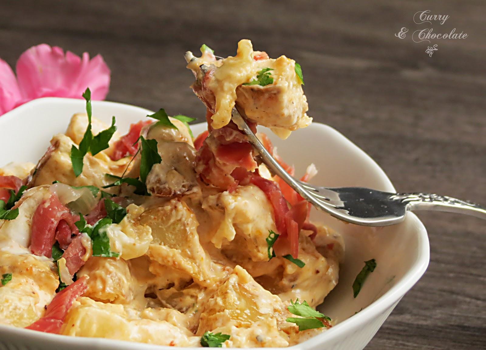 Ensalada de patatas asadas con jamón y salsa de yogur – Baked potato salad with prosciutto in a yogurt dressing
