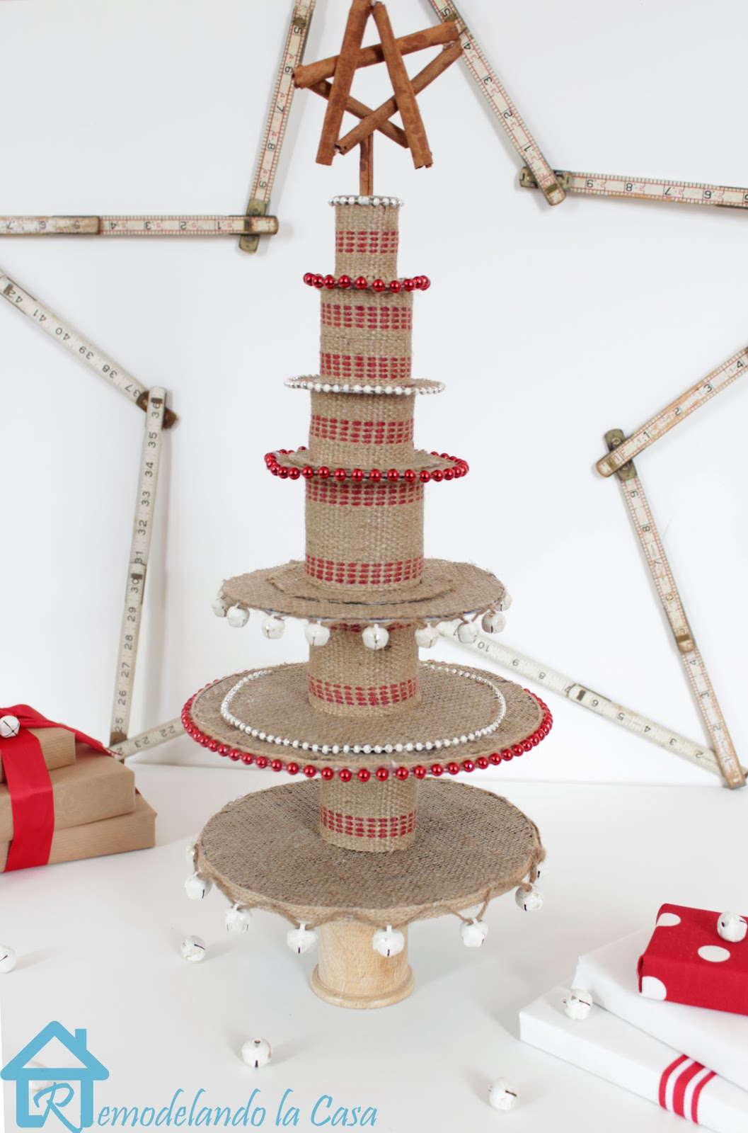 Ribbon+Spool+Christmas+tree7.jpg