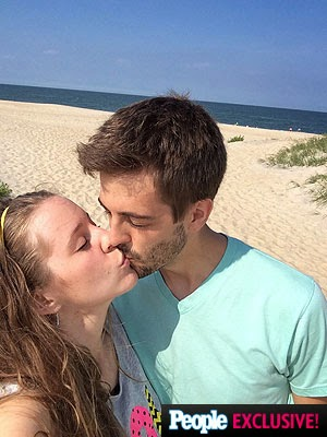 Jill and Derick Dillard Honeymoon