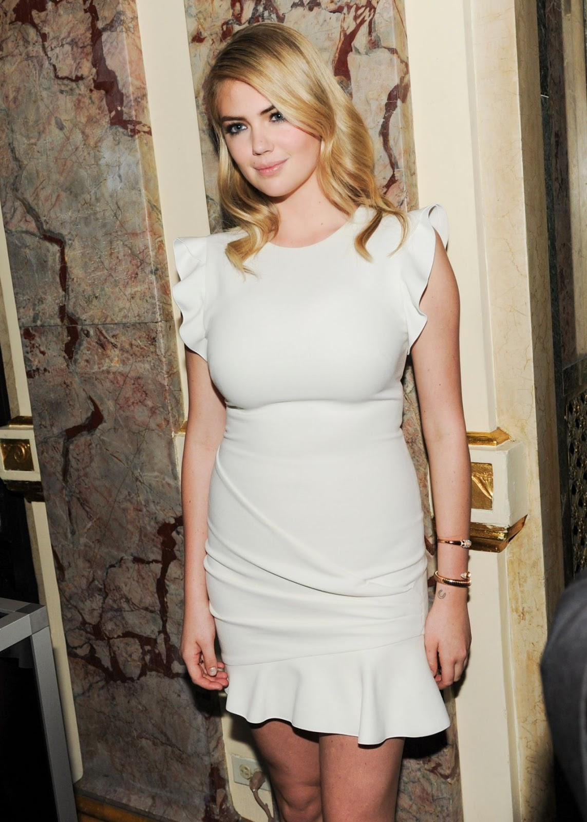 Harper s bazaar event looks more like a lingerie party page 12 - Kate Upton Opted To Dress Down Rather Than Dressing To Attract For The Party The Curvaceous Blonde Wore A Cream Emilio Pucci Minidress With A Peplum Detail