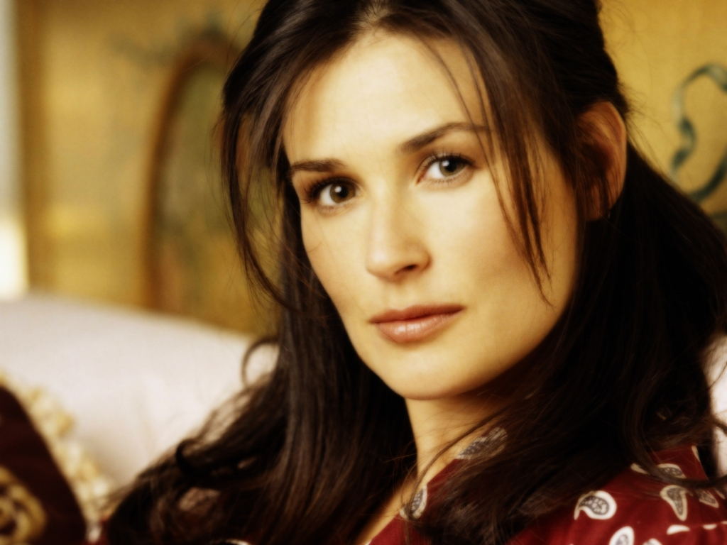 Demi Moore Wallpapers