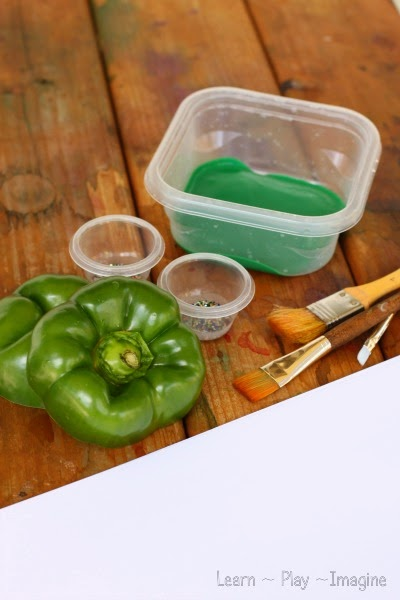 Invitation to create shamrocks with green peppers