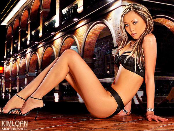 Kim Loan- Vietnamese Model