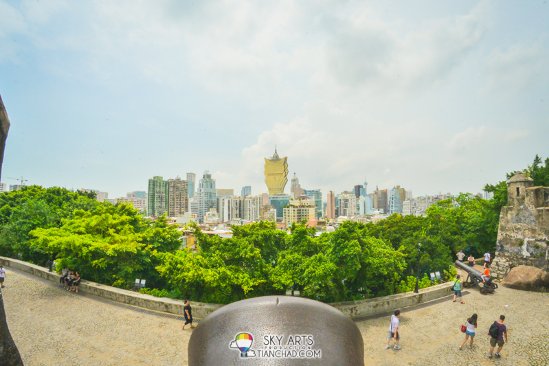 Cannon pointing at Grand Lisboa The beautiful view you get to see after you've reached the top of the Fortress