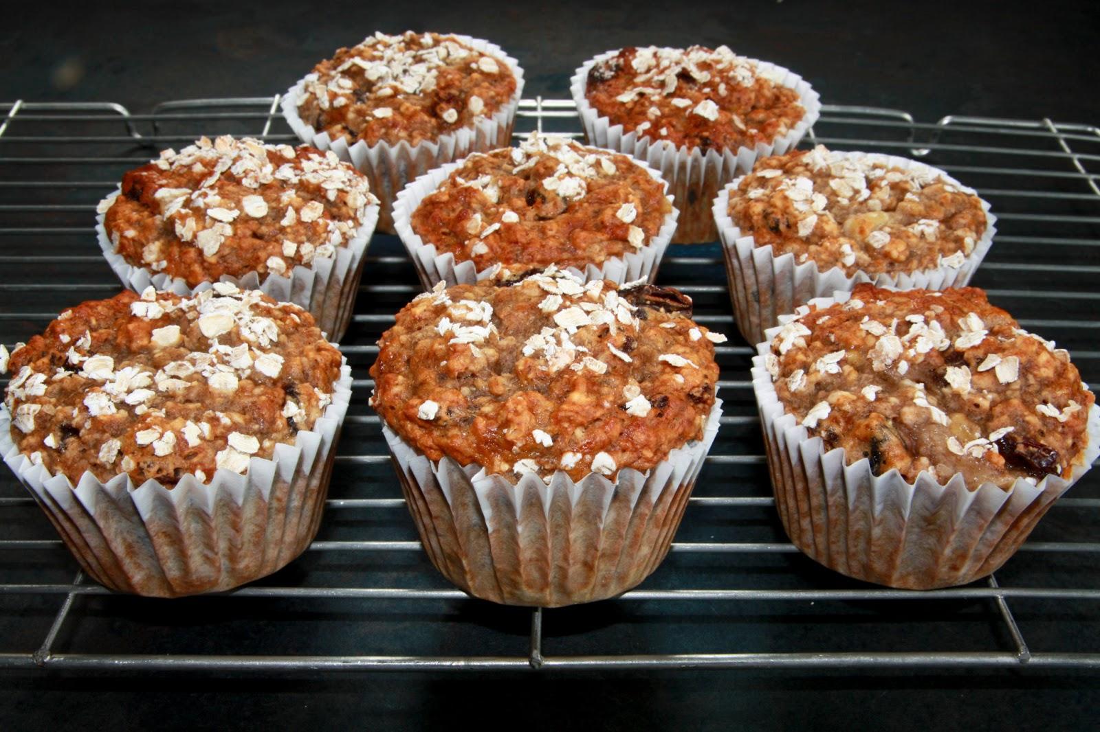 Banana, oat and raisin muffins, egg-less, breakfast muffins, egg ...
