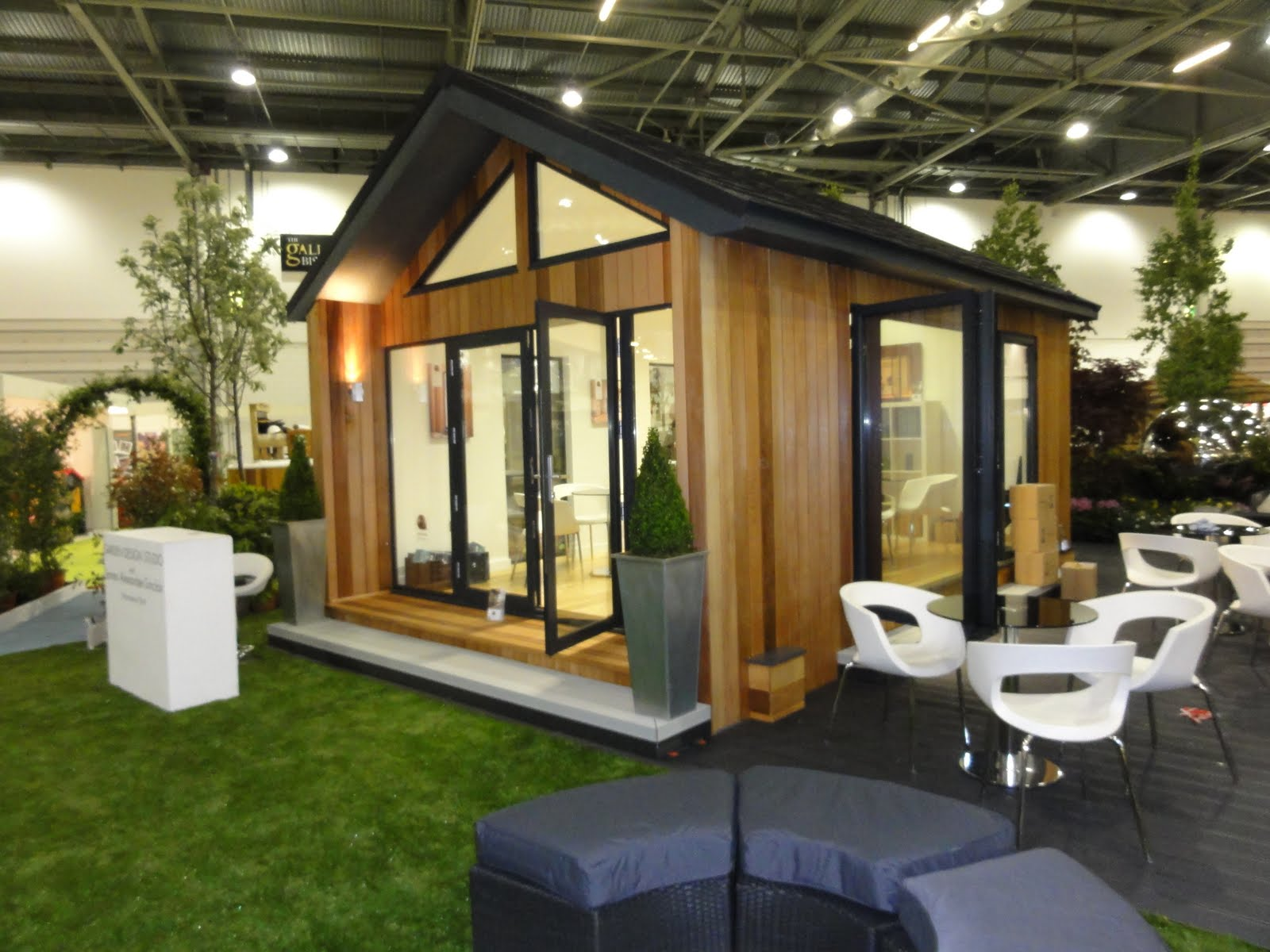 Garden spaces uk limited official news grand designs live for Grand designs garden