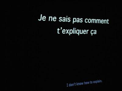 Untertitel, zweisprachig: Ich weiß nicht, wie ich dir das erklären soll.