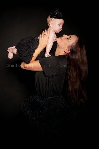 Fotografia rodzinna, sesje zdjęciowe rodzinne, fotografia niemowlaków, sesje na roczek, profesjonalny fotograf dziecięcy
