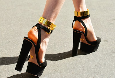 Street style gold 14