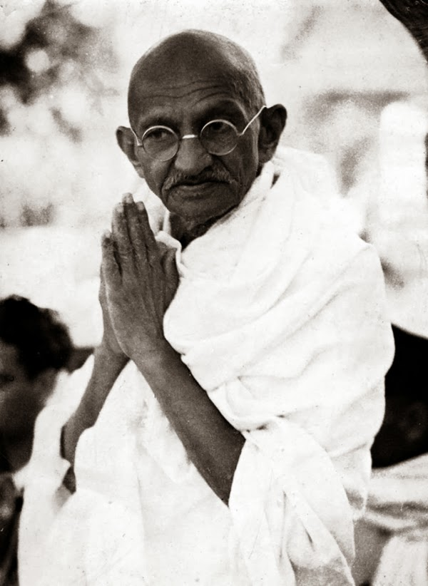 """an introduction to the life of mohandas karamchand ghandi Mohandas """"mahatma"""" gandhi mohandas """"mahatma"""" gandhi was born in the western part of british-ruled india on october 2, 1869 when the british cracked down on indian civil liberties after world war i, gandhi began to organize nonviolent protests."""