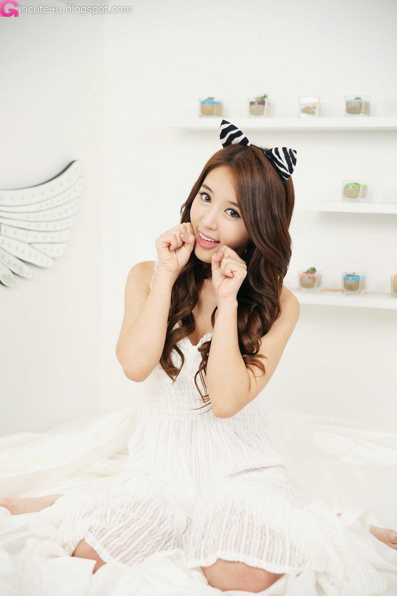 xxx nude girls: Lovely Yoon Joo Ha