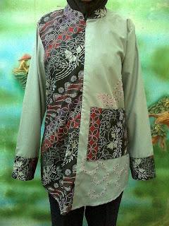 Dress batik cantik lengan panjang abu saku