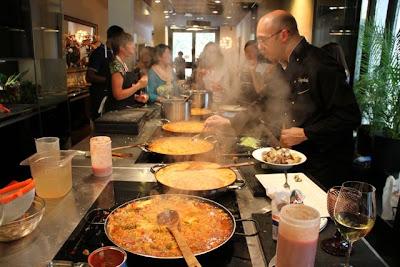 Esteban Capdevila cocinando en Evento Cocinando Madrid-Testing Madrid. Blog Esteban Capdevila