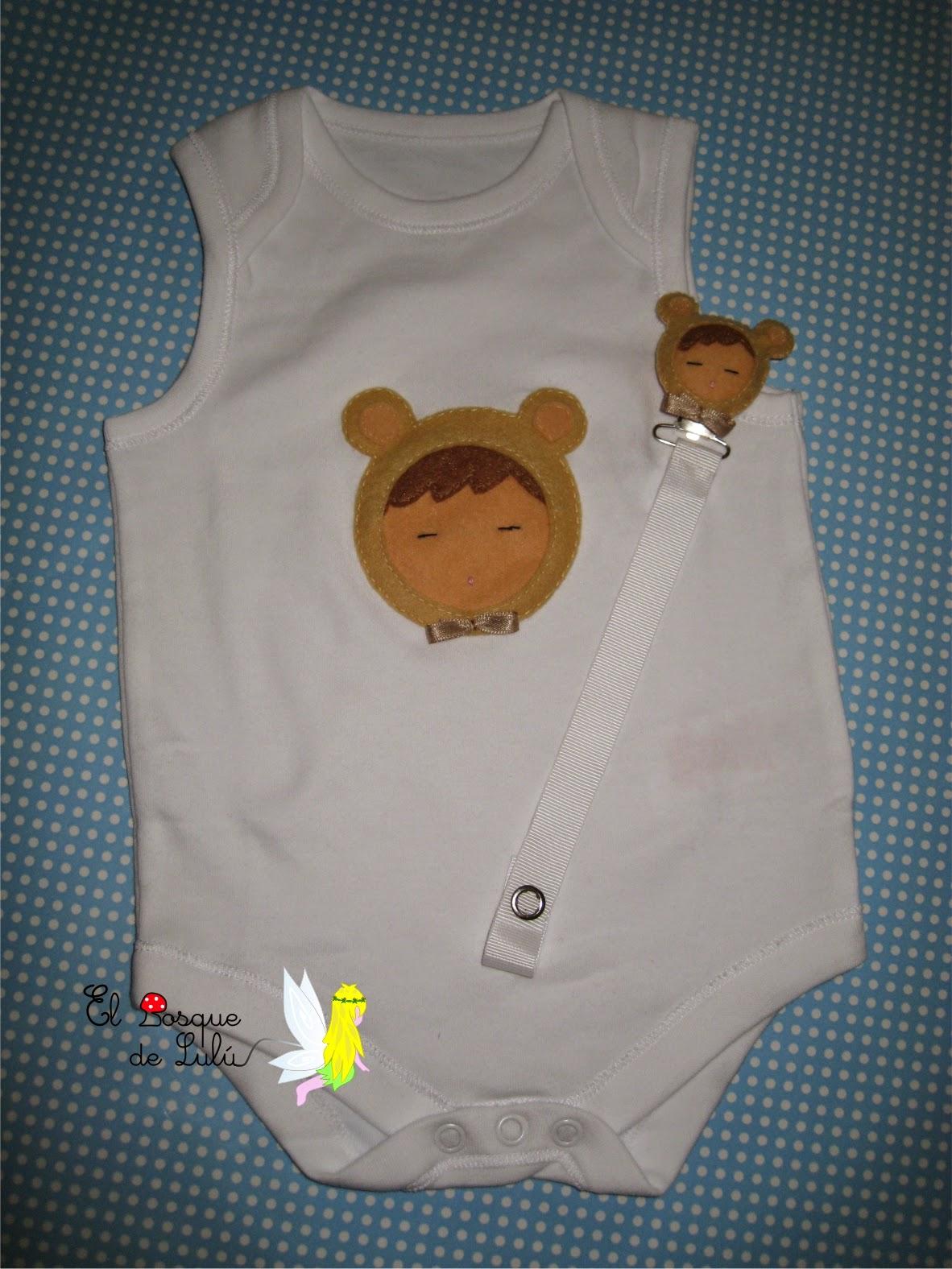 body-chupetero-fieltro-cuelga-chupete-regalo-nacimiento-bebe-personalizado