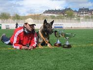 ENTREVISTA CON ISRAEL GONZÁLEZ DE COMPASS DOG.