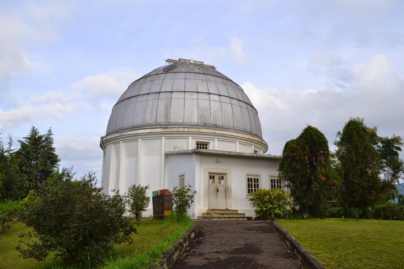 Observatorium Bosscha Bandung - Manjaw.com