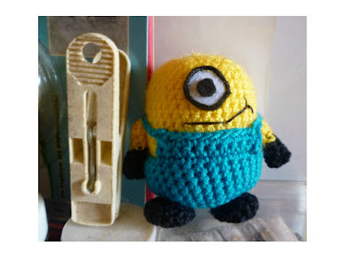 Amigurumi cute little minion pattern