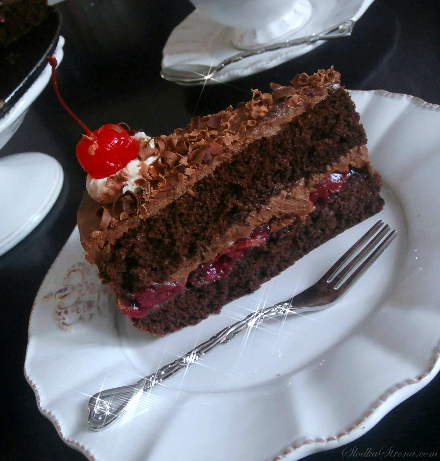 Tort Czekoladowo Wiśniowy - Przepis - Slodka Strona