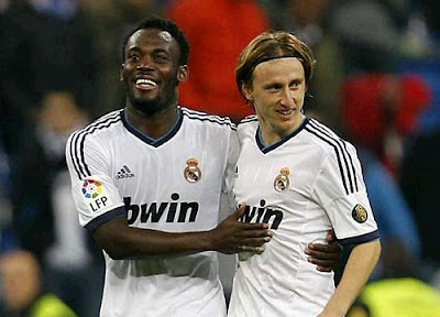 Essien and Modric celebrate their goals against Zaragoza