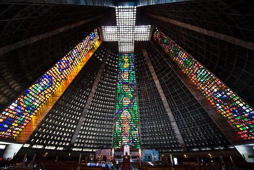 Turismo Rio parte de dentro Catedral Metropolitana