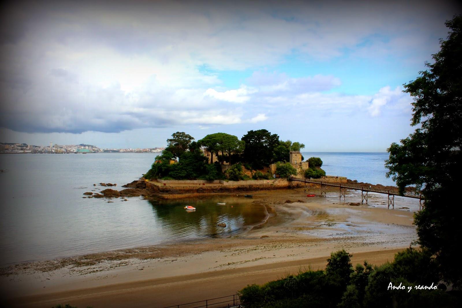 Isla de Sta. Cruz de Oleiros.