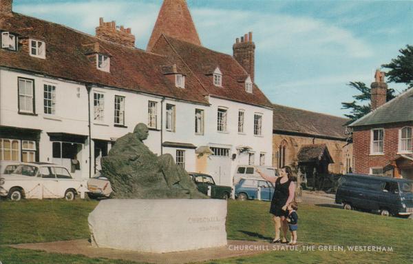 Churchill statue on Westerham Green