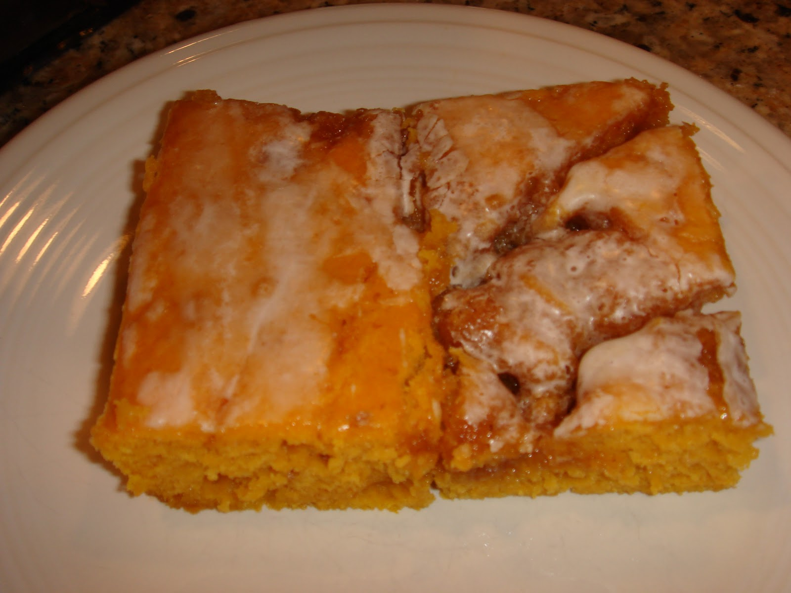 Whatcha Cookin?: Cinnamon Roll Pumpkin Vanilla Sheet Cake